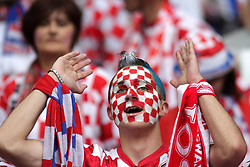 14-06-2012 VOETBAL: UEFA EURO 2012 DAY 7: POLEN OEKRAINE<br /> Croatia fans support during the Euro 2012 football championships match Italy v Croatia at the stadium in Poznan. <br /> ***NETHERLANDS ONLY***<br /> ©2012-FotoHoogendoorn.nl