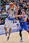 DESCRIZIONE : Beko Legabasket Serie A 2015- 2016 Dinamo Banco di Sardegna Sassari - Acqua Vitasnella Cantu'<br /> GIOCATORE : Rok Stipcevic<br /> CATEGORIA : Tiro Tre Punti Three Point<br /> SQUADRA : Dinamo Banco di Sardegna Sassari<br /> EVENTO : Beko Legabasket Serie A 2015-2016<br /> GARA : Dinamo Banco di Sardegna Sassari - Acqua Vitasnella Cantu'<br /> DATA : 24/01/2016<br /> SPORT : Pallacanestro <br /> AUTORE : Agenzia Ciamillo-Castoria/L.Canu