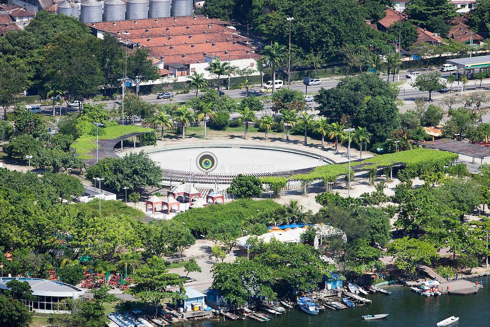 Parque dos Patins, area de lazer na Lagoa Rodrigo de Freitas./  Park of skates, leisure area at Lagoa Rodrigo de Freitas. RJ, Brasil - 2011