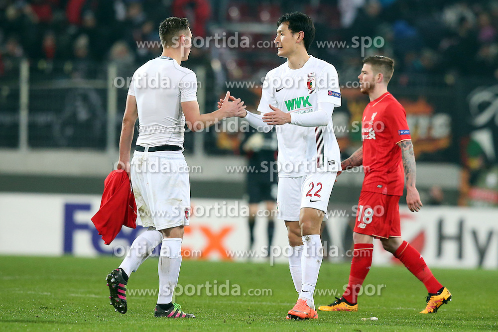 18.02.2016, WWKArena, Augsburg, GER, UEFA EL, FC Augsburg vs FC Liverpool, Sechzehntelfinale, Hinspiel, im Bild Dominik Kohr ( FC Augsburg ) Dong-Won Ji ( FC Augsburg ) nach dem 0:0, // during the UEFA Europa League Round of 32, 1st Leg match between FC Augsburg and FC Liverpool at the WWKArena in Augsburg, Germany on 2016/02/18. EXPA Pictures © 2016, PhotoCredit: EXPA/ Eibner-Pressefoto/ Langer<br /> <br /> *****ATTENTION - OUT of GER*****