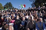 """People following the speeches at """"Ricucire l'Italia"""" (Mend Italy) a meeting called by Libertà & Giustizia (Freedom & Justice political movement) in Milan, October 8, 2011. © Carlo Cerchioli..Gente segue gli interventi alla manifestazione Ricucire l'Italia indetta da Libertà & Giustizia a Milano, 8 ottobre 2011."""