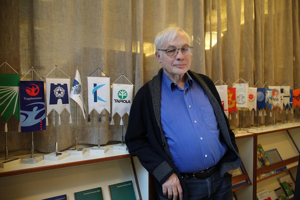Pertti Honkanen, chercheur et concepteur du projet Perustulo pour Kela, Helsinki