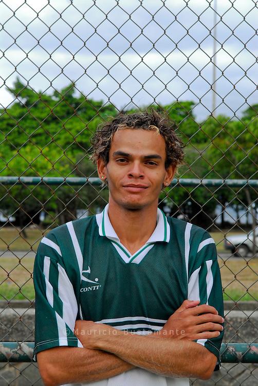 Escola de Futebol Craques do cateta. Programa de acao cultural deportivo praia do flamengo