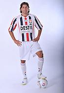 05-07-2009: Voetbal:Studioportretten Willem II<br /> Paul Quasten<br /> Foto: Geert van Erven