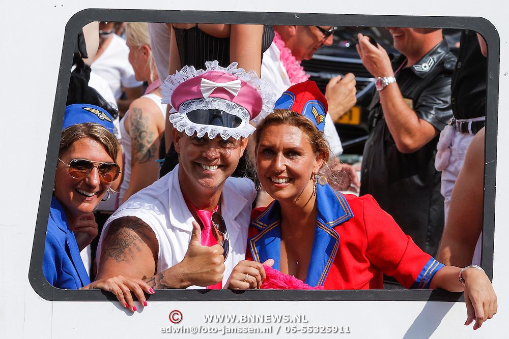 NLD/Amsterdam/20120804 - Canalparade tijdens de Gaypride 2012, Danny de Munk en partner Jenny Sluyter