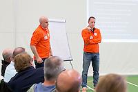 AMSTERDAM - E-hockey bondscoach Paul Mennink met assistent coach E-hockey, Koen Kasper. KNHB Symposium Train de Trainer, voor trainer, coach , begeleider binnen het aangepaste hockey. Dit alles in het Ronald MacDonald Centre in Amsterdam. COPYRIGHT KOEN SUYK