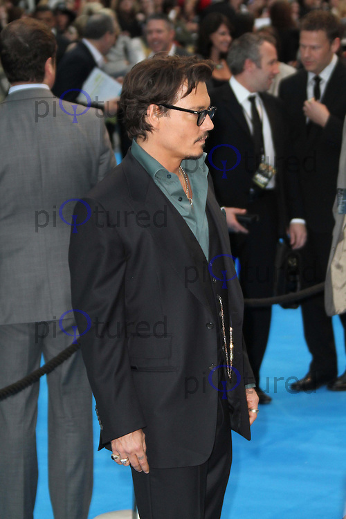 Johnny Depp Pirates Of The Caribbean: On Stranger Tides - UK Premiere, Westfield Shopping Centre, London, UK, 12 May 2011:  Contact: Rich@Piqtured.com +44(0)7941 079620 (Picture by Richard Goldschmidt)