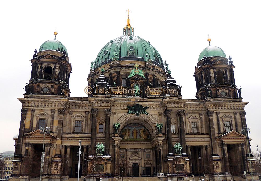 Berlin Cathedral (Berliner Dom) the Evangelical Protestant Supreme Parish and Collegiate Church, literally Supreme Parish and Cathedral Church) in Berlin, Germany. It is the parish church of the Evangelical congregation Gemeinde der Oberpfarr located on Museum Island.