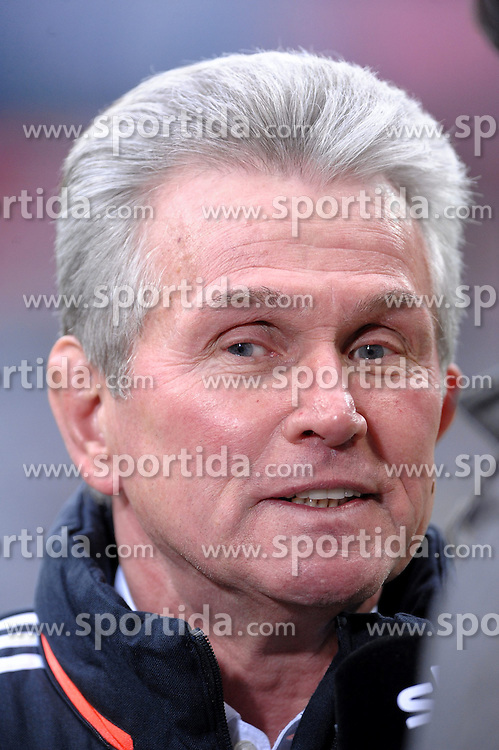 19.01.2013, Allianz Arena, Muenchen, GER, 1. FBL, FC Bayern Muenchen vs SpVgg Greuther Fuerth, 18. Runde, im Bild Trainer Jupp HEYNCKES (FC Bayern Muenchen) nachdenklich. Portrait,Portraet // during the German Bundesliga 18th round match between FC Bayern Munich and SpVgg Greuther Fuerth at the Allianz Arena, Munich, Germany on 2013/01/19. EXPA Pictures © 2013, PhotoCredit: EXPA/ Eibner/ Wolfgang Stuetzle..***** ATTENTION - OUT OF GER *****