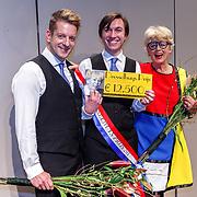 NLD/Haarlem/20171230 - Uitreiking Mary Dresselhuysprijs 2017 aan Steef de Jong met Alex Klaasen door Petra Laseur