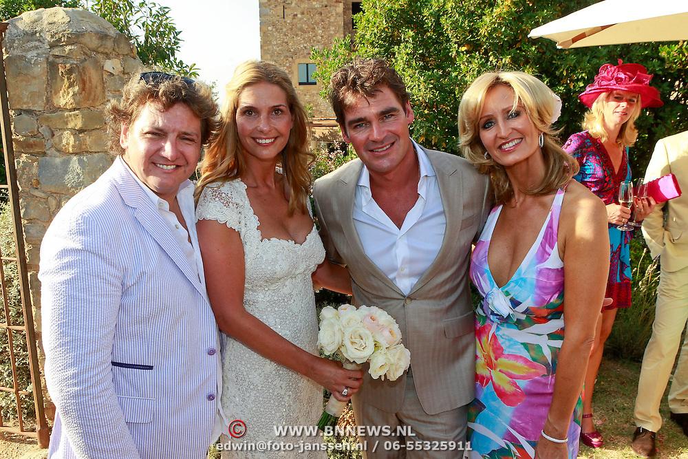SPA/La Bisbal/20110711 - Huwelijk Jeroen van der Boom en Dani de Wit, met Rene Froger en prtner Natasja Kunst - Froger