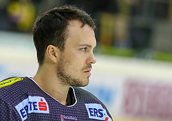 10.12.2017, Albert Schultz Halle, Wien, AUT, EBEL, UPC Vienna Capitals vs Dornbirner Eishockey Club, Grunddurchgang, 27. Runde, im Bild Dustin Sylvester (Dornbirner Eishockey Club) // during the Erste Bank Icehockey League 27th round match between UPC Vienna Capitals and Dornbirner Eishockey Club at the Albert Schultz Halle in Vienna, Austria on 2017/12/10. EXPA Pictures © 2017, PhotoCredit: EXPA/ Alexander Forst