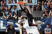 DESCRIZIONE: Cantu' Lega A 2015-16 <br /> Acqua Vitasnella Cantu' vs  Pasta Reggia Juve Caserta<br /> GIOCATORE: Bobby Jones<br /> CATEGORIA: controcampo schiacciata sequenza<br /> SQUADRA: Pasta Reggia Juve Caserta<br /> EVENTO: Campionato Lega A 2015-2016<br /> GARA: Acqua Vitasnella Cantu' Pasta Reggia Juve Caserta<br /> DATA: 13.02.2016<br /> SPORT: Pallacanestro<br /> AUTORE: Agenzia Ciamillo-Castoria/A. Ossola<br /> Galleria: Lega Basket A 2015-2016<br /> Fotonotizia: Cantu' Lega A 2015-16 <br /> Acqua Vitasnella Cantu' Pasta Reggia Juve Caserta