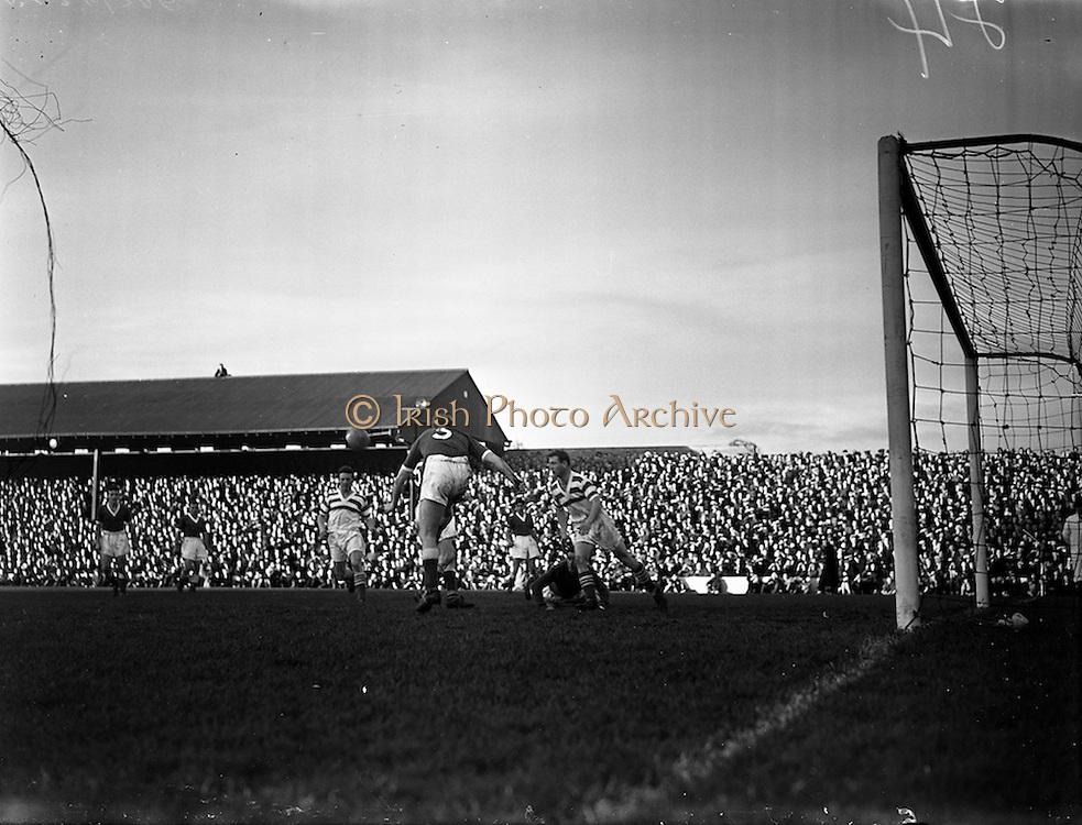 02/11/1957<br /> 11/02/1957<br /> 02 November 1957<br /> Soccer: Limerick v Shamrock Rovers at Glenmalure Park, Milltown, Dublin.
