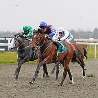 Spillway and Liam Keniry winning the 2.20 race
