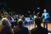 Nederland, Nijmegen, 8-3-2015Moslimdebat in LUX.Het panel voor het debat Onze Vrijheid bestaat uit Sheily Belhaj, journaliste en islamoloog Yassin Elforkani, imam en woordvoerder Contactorgaan Moslims en Overheid, Mohammed Enait, advocaat, bekend van praatprogrammas, Hubert Bruls, burgemeester van Nijmegen, Anton van Hooff, historicus en voorzitter atheïstisch humanistische vereniging De Vrije Gedachte en Ehsan Jami, politicus en publicist, bekend van Centraal Comité voor Ex-moslims.In een debat discussieert het panel over vragen als: Is Nederland tolerant genoeg voor moslims? Moet je in een vrije samenleving tegen een belediging kunnen? Doel van het debat is ruimte creëren voor wederzijds begrip en een fatsoenlijke, intelligente discussie waarin men met respect voor elkaar van mening kan verschillen.