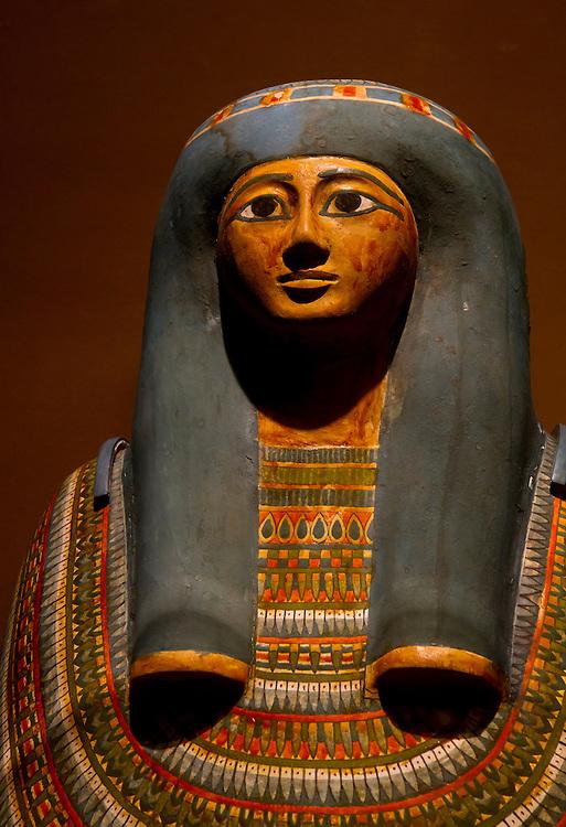 Mummy coffin. Brooklyn Museum.
