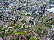 Nederland, Zuid-Holland, Rotterdam, 14-05-2020; Rotterdam centrum, met onder in beeld de gele Luchtsingel over het spoor en Willemsspoortunnel.  Hofplein en Coolsingel. Het is rustig op straat met weinig verkeer door de Corna crisis en maatregelen.<br /> Rotterdam center, with the yellow Luchtsingel across the railway and Willemsspoortunnel. Hofplein and Coolsingel. It is quiet on the street with little traffic due to the Corna crisis and measures.<br /> <br /> luchtfoto (toeslag op standard tarieven);<br /> aerial photo (additional fee required)<br /> copyright © 2020 foto/photo Siebe Swart