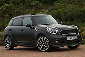MINI Countryman JCW Frozen Black