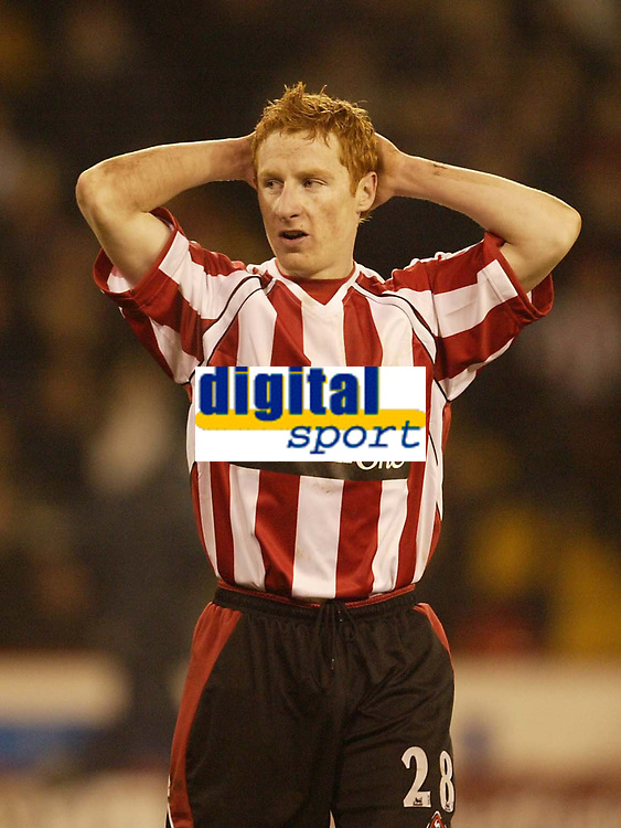 Photo: Aidan Ellis.<br /> Sheffield United v Manchester City. The Barclays Premiership. 26/12/2006.<br /> Sheffield's Stephen Quinn cant believe it as another chance goes begging