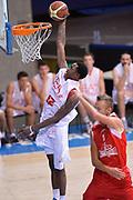 DESCRIZIONE : Bormio Lega A 2014-15 amichevole Ea7 Olimpia Milano - Stings Mantova<br /> GIOCATORE : MarShon Brooks<br /> CATEGORIA : schiacciata<br /> SQUADRA : Ea7 Olimpia Milano<br /> EVENTO : Valtellina Basket Circuit 2014<br /> GARA : Ea7 Olimpia Milano - Stings Mantova<br /> DATA : 04/09/2014<br /> SPORT : Pallacanestro <br /> AUTORE : Agenzia Ciamillo-Castoria/A.Scaroni<br /> Galleria : Lega Basket A 2014-2015  <br /> Fotonotizia : Bormio Lega A 2014-15 amichevole Ea7 Olimpia Milano - Stings Mantova<br /> Predefinita :