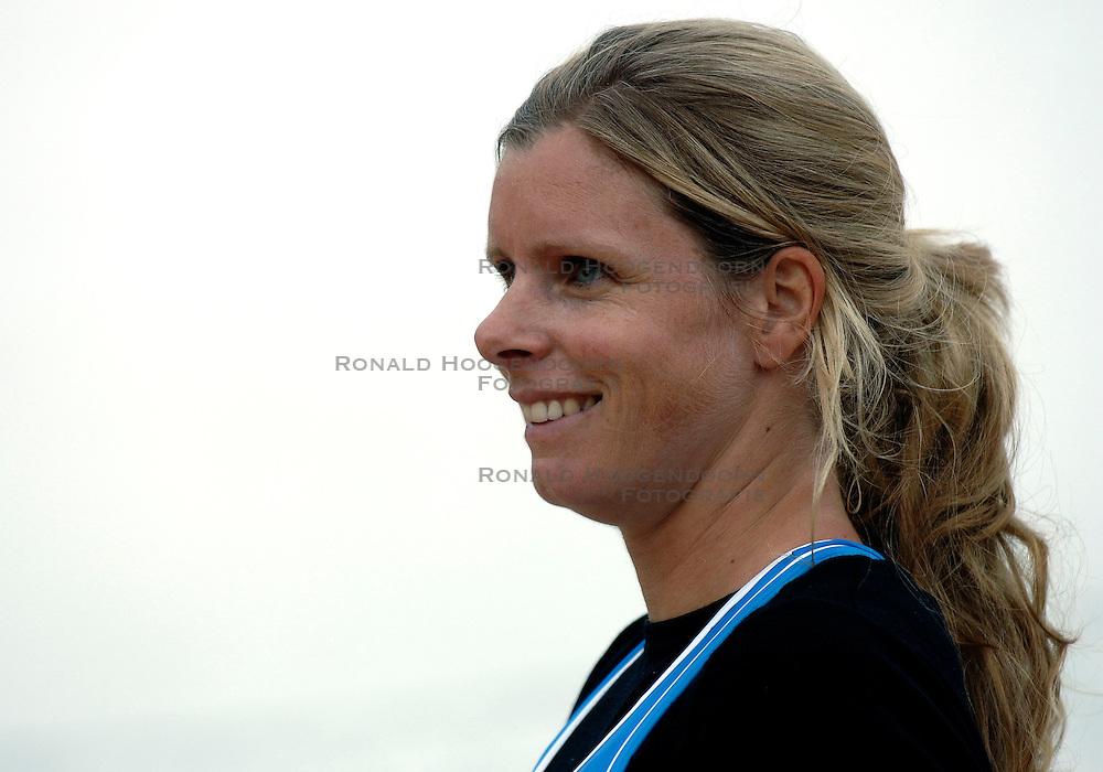 24-07-2007 VOLLEYBAL: WK BEACHVOLLEYBAL: GSTAAD<br /> Susanne Glesnes - emotie vreugde beachvolley<br /> &copy;2007-WWW.FOTOHOOGENDOORN.NL