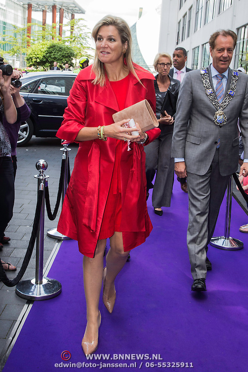 NLD/Eindhoven/20140623 - Aankomst Koningin Maxima bij bijeenkomst Kracht on Tour<br /> <br /> Arrival Queen Maxima attends the Power on Tour meeting in Eindhoven the Netherlands