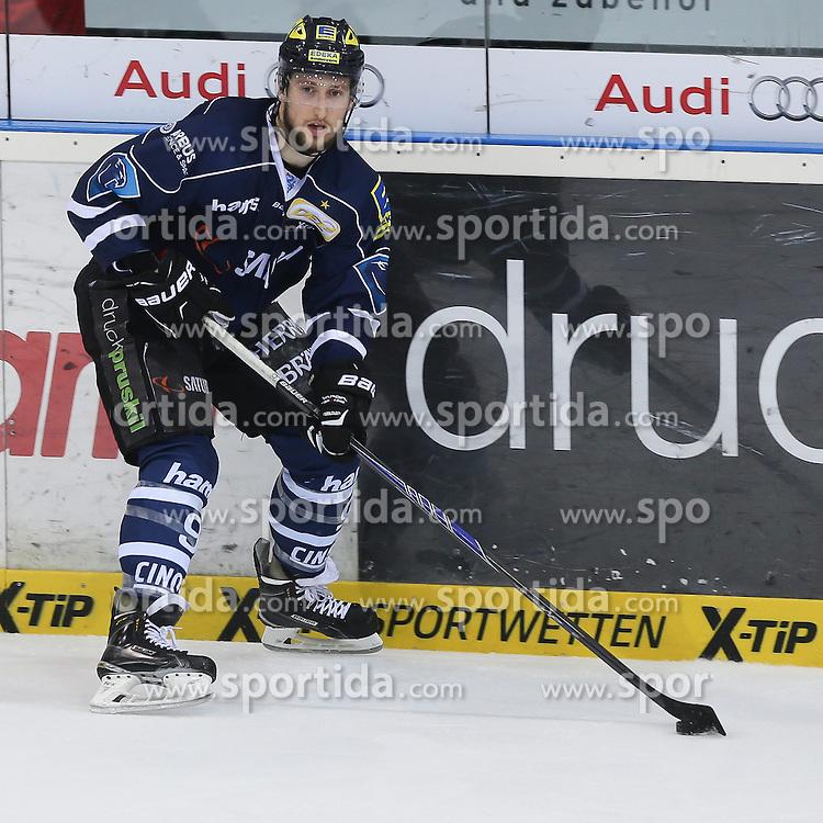 17.04.2015, Saturn Arena, Ingolstadt, GER, DEL, ERC Ingolstadt vs Adler Mannheim, Playoff, Finale, 4. Spiel, im Bild Brandon Buck (Nr.9, ERC Ingolstadt) // during Germans DEL Icehockey League 4th final match between ERC Ingolstadt and Adler Mannheim at the Saturn Arena in Ingolstadt, Germany on 2015/04/17. EXPA Pictures &copy; 2015, PhotoCredit: EXPA/ Eibner-Pressefoto/ Strisch<br /> <br /> *****ATTENTION - OUT of GER*****