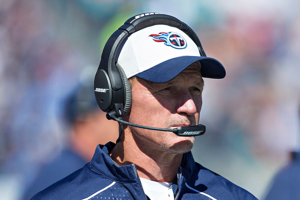 NASHVILLE, TN - OCTOBER 18:  Head Coach Ken Whisenhunt of the Tennessee Titans on the sidelines during a game against the Miami Dolphins at LP Field on October 18, 2015 in Nashville, Tennessee.  The Dolphins defeated the Titans 38-10.  (Photo by Wesley Hitt/Getty Images) *** Local Caption *** Ken Whisenhunt
