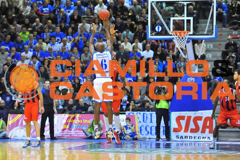 DESCRIZIONE : Eurocup 2013/14 Gr. J Dinamo Banco di Sardegna Sassari -  Aykon TED Ankara Kolejliler<br /> GIOCATORE : Caleb Green<br /> CATEGORIA : Tiro Tre Punti<br /> SQUADRA : Dinamo Banco di Sardegna Sassari<br /> EVENTO : Eurocup 2013/2014<br /> GARA : Dinamo Banco di Sardegna Sassari -  Aykon TED Ankara Kolejliler<br /> DATA : 23/10/2013<br /> SPORT : Pallacanestro <br /> AUTORE : Agenzia Ciamillo-Castoria / Luigi Canu<br /> Galleria : Eurocup 2013/2014<br /> Fotonotizia : Eurocup 2013/14 Gr. J Dinamo Banco di Sardegna Sassari -  Aykon TED Ankara Kolejliler<br /> Predefinita :