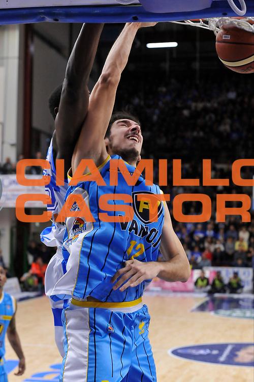 DESCRIZIONE : Campionato 2014/15 Dinamo Banco di Sardegna Sassari - Vanoli Cremona<br /> GIOCATORE : Luca Campani<br /> CATEGORIA : Schiacciata<br /> SQUADRA : Vanoli Cremona<br /> EVENTO : LegaBasket Serie A Beko 2014/2015<br /> GARA : Dinamo Banco di Sardegna Sassari - Vanoli Cremona<br /> DATA : 10/01/2015<br /> SPORT : Pallacanestro <br /> AUTORE : Agenzia Ciamillo-Castoria / Luigi Canu<br /> Galleria : LegaBasket Serie A Beko 2014/2015<br /> Fotonotizia : Campionato 2014/15 Dinamo Banco di Sardegna Sassari - Vanoli Cremona<br /> Predefinita :