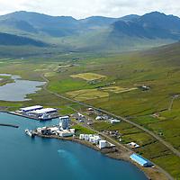 Síldarvinnslan séð til vesturs, Neskaupstaður, Fjarðabyggð / Sildarvinnslan viewing west, Neskaupstadur, Fjardabyggd.