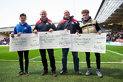 Half Time cheque presentation by the Bris Trust - Rogan Thomson/JMP - 26/12/2016 - RUGBY UNION - Ashton Gate Stadium - Bristol, England - Bristol Rugby v Worcester Warriors - Aviva Premiership Boxing Day Clash.