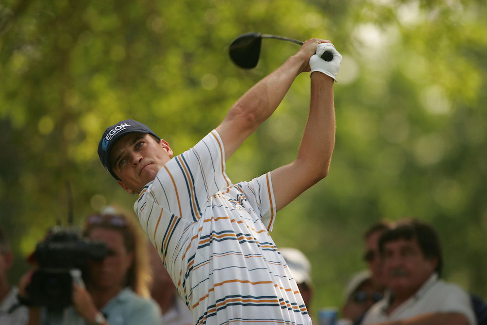 Zach Johnson..2004 Colonial Invitational.Fourth Round.Colnial Country Club.Fort Worth, Texas.Sunday, May 23 2004.photograph by Darren Carroll