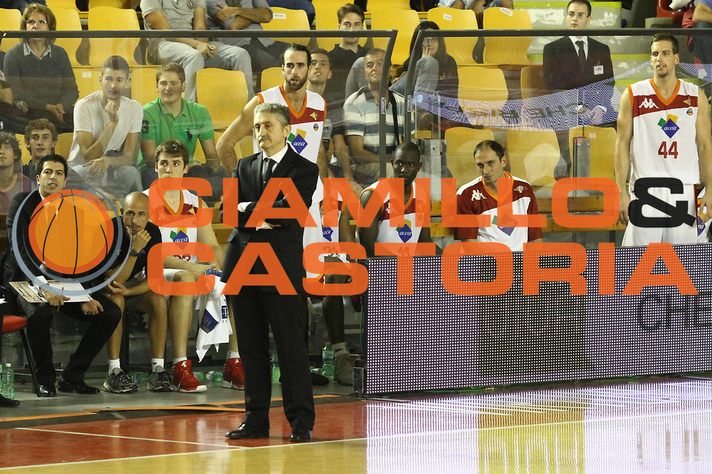 DESCRIZIONE : Roma Lega A 2012-13 Virtus Roma Trenkwalder Reggio Emilia<br /> GIOCATORE : team Marco Calvani<br /> CATEGORIA : curiosita <br /> SQUADRA : Virtus Roma<br /> EVENTO : Campionato Lega A 2012-2013 <br /> GARA : Virtus Roma Trenkwalder Reggio Emilia<br /> DATA : 14/10/2012<br /> SPORT : Pallacanestro <br /> AUTORE : Agenzia Ciamillo-Castoria/M.Simoni<br /> Galleria : Lega Basket A 2012-2013  <br /> Fotonotizia : Roma Lega A 2012-13 Virtus Roma Trenkwalder Reggio Emilia<br /> Predefinita :