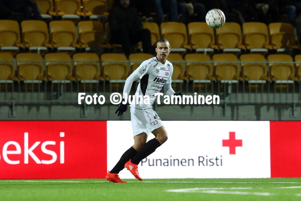 5.4.2017, OmaSP Stadion, Sein&auml;joki.<br /> Veikkausliiga 2017.<br /> Sein&auml;joen Jalkapallokerho - FC Lahti.<br /> Kalle Taimi - FC Lahti
