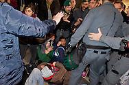 Roma 27 Febbraio 2015<br /> Attivisti dei  movimenti per il diritto all'abitare hanno occupato la chiesa di Santa Maria del Popolo a Piazza del Popolo, per protestare contro  la manifestazione di Matteo Salvini segretario della Lega Nord. Le forze dell'ordine hanno sgomberato la chiesa, fermando due manifestanti.<br /> Rome February 27, 2015<br /> Movement activists for the right to housing have occupied the church of Santa Maria del Popolo, to Piazza del Popolo, to protest the event of Matteo Salvini secretary of the Northern League. The police have vacated the church, stopping two protesters.