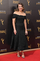 Kathryn Burns bei der Ankunft zur Verleihung der Creative Arts Emmy Awards in Los Angeles / 110916 <br /> <br /> *** Arrivals at the Creative Arts Emmy Awards in Los Angeles, September 11, 2016 ***