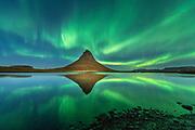 Kirkjufell mountain in northen lights