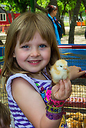 2015 05 24 Queens Farm Spring 2016 Brochure Images