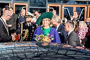 Koningin M&aacute;xima opent de Bio-beurs in de IJsselhallen. De vakbeurs voor de biologische sector trekt jaarlijks ruim 10.000 bezoekers.<br /> <br /> Queen M&aacute;xima opens the Bio-fair in the IJsselhallen. The trade fair for the organic sector attracts more than 10,000 visitors annually.<br /> <br /> Op de foto / On the photo: Vertrek