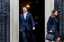© Licensed to London News Pictures. 16/10/2018. London, UK. Foreign Secretary Jeremy Hunt (L) and Minister of State for Immigration Caroline Nokes (R) leave 10 Downing Street after the Cabinet meeting. Photo credit: Rob Pinney/LNP
