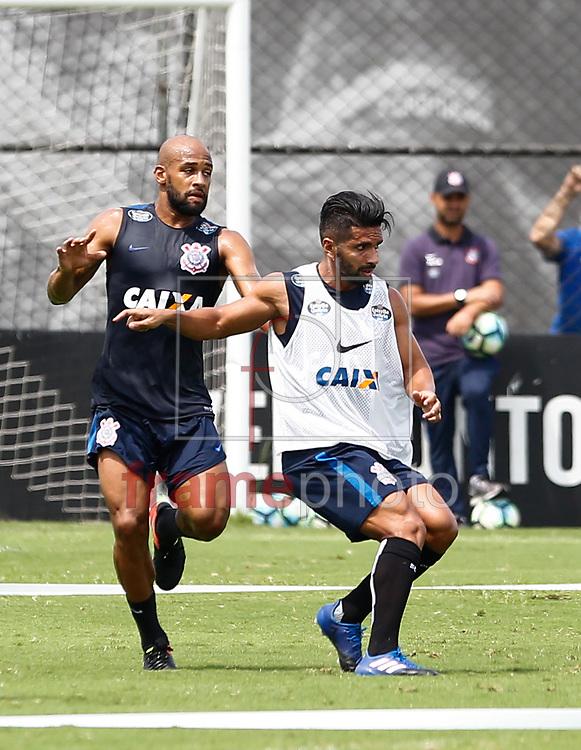 O jogador Fellipe Bastos do Corinthians durante o treino na manha desta segunda feira 13 no CT Joaquim Grava zona Leste de São Paulo Foto Marcelo D. Sants/FramePhoto.