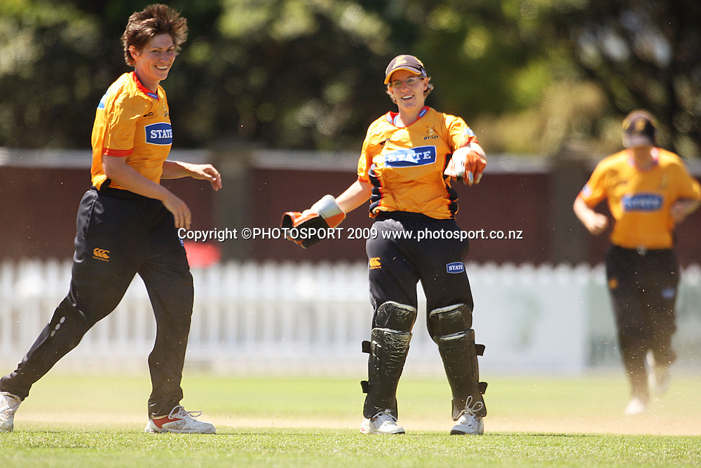 Wellington captain Anna Dodd celebrates bowling Canterbury opener with keeper Andrea Stockwell.<br /> State League 20/20 final. Wellington Blaze v Canterbury Magicians at Allied Prime Basin Reserve, Wellington. Saturday, 25 January 2009. Photo: Dave Lintott/PHOTOSPORT