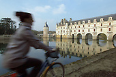 Loire Valley in France - Chateaux du Val de Loire (chateau/castles and discovery by bicycle)