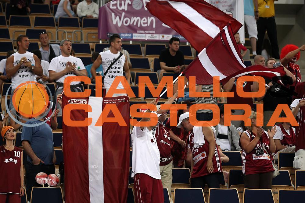DESCRIZIONE : Lodz Poland Polonia Eurobasket Women 2011 Quarter Final Round Lettonia Russia Latvia Russia<br /> GIOCATORE : fan tifo supporter<br /> SQUADRA : Latvia Lettonia<br /> EVENTO : Eurobasket Women 2011 Campionati Europei Donne 2011<br /> GARA : Lettonia Russia Latvia Russia<br /> DATA : 29/06/2011<br /> CATEGORIA : <br /> SPORT : Pallacanestro <br /> AUTORE : Agenzia Ciamillo-Castoria/E.Castoria<br /> Galleria : Eurobasket Women 2011<br /> Fotonotizia : Lodz Poland Polonia Eurobasket Women 2011 Quarter Final Round Lettonia Russia Latvia Russia<br /> Predefinita :
