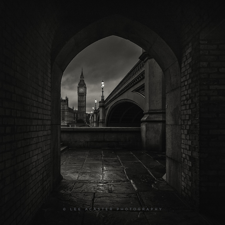 Shooting down at Westminster on Monday night. It's an often shot viewpoint, but I do like this arch for framing the image, and its very handy when its raining!
