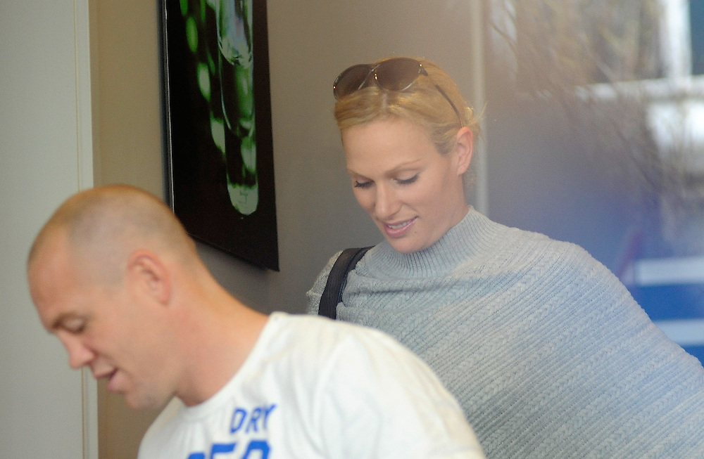 Zara Phillips with her husband, England Rugby captain Mike Tindall at Southern Cross Hotel, Dunedin, New Zealand. Friday, September 23, 2011. Credit: SNPA / Richard Hood