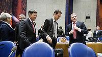Nederland. Den Haag, 18 september 2008.<br /> Algemene beschouwingen in de tweede kamer.<br /> Minister-president balkende met vice-premiers Bos en Rouvoet in vak K voor aanvang van de tweede dag.<br /> Foto Martijn Beekman<br /> NIET VOOR PUBLIKATIE IN LANDELIJKE DAGBLADEN.