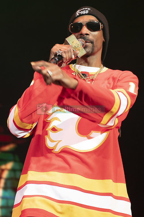 February 21, 2019 - Calgary, Alberta, Canada - Snoop Dogg performs at the Scotiabank Saddledome in Calgary, Alberta. (Credit Image: © Baden Roth/ZUMA Wire)